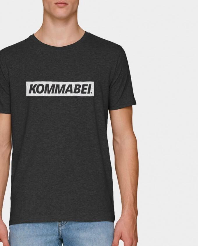 Herren T-Shirt Kommabei Block Logo Detail