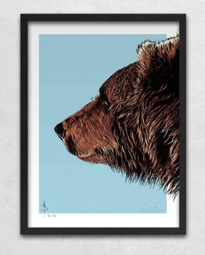 Poster Kunstdruck Bruder Bär mit Bilderrahmen Schwarz im Kommabei Shop